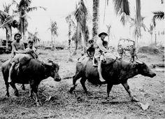 Family evacuating Manila, 1942