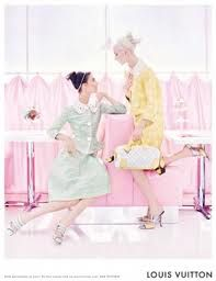 Louis Vuitton has unveiled the behind the scenes of the Spring 2012 Ad Campaign. Shot by Steven Meisel and styled by Karl Templer, the scene shows models Daria Candy Girls, Steven Meisel, Pink Lady, Pin Up, Mode Pastel, Pastel Candy, Moda Vintage, Mode Editorials, Spring Trends