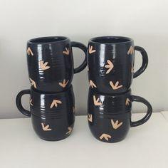 Set of 4 Black Bird Tracks Ceramic Mugs, geometric coffee cup with bird tracks…