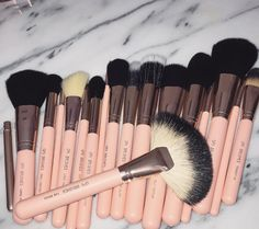 pink brushes cred: @slave2beautyy
