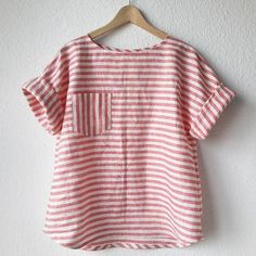 And on Tuesday she wore stripes again 🍭 Modified by in linen from (cut on the cross grain) I… Sewing Clothes, Diy Clothes, Clothing Patterns, Dress Patterns, Look Fashion, Kids Fashion, Classy Fashion, French Fashion, Fashion Tips
