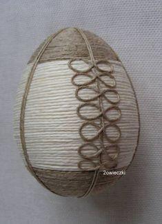 jajko wielkanocne ozdobne na Stylowi.pl Easy Crafts For Teens, Diy And Crafts, Arts And Crafts, Eastern Eggs, Easter Egg Crafts, Egg Art, Egg Decorating, Spring Crafts, String Art