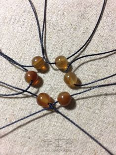 Macrame Earrings, Macrame Bracelets, Diy Earrings, Beaded Jewelry, Handmade Jewelry, Macrame Jewelry Tutorial, Micro Macramé, Macrame Projects, Macrame Knots