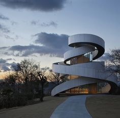 Hiroshi Nakamura & NAP, Ribbon Chapel en Hiroshima (Japón) - Arquitectura Viva · Revistas de Arquitectura