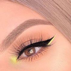 eye makeup for brown eyes ; eye makeup for blue eyes ; eye makeup tips ; eye makeup tutorial for beginners Makeup Eye Looks, Eye Makeup Art, Cute Makeup, Pretty Makeup, Skin Makeup, Eyeshadow Makeup, Prom Makeup, Black Eye Makeup, Bridal Makeup