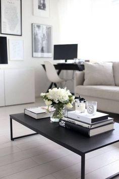 Minimalistischer Couchtisch für dein Wohnzimmer.