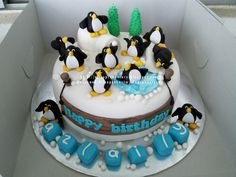 allcupcakestory: Penguin Birthday Cake