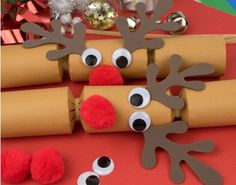 8 jumbo red foil jingle rudolph make your own christmas crackers kit exclusive cracker boards and accessories to make four standard sized fill your own diy rosey nosey crackers perfect for your christmas table or gifts solutioingenieria Images