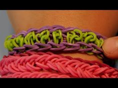 VIDEO INSTRUCTIONS: How to make a center swirl rubber band bracelet with...