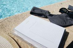 Quais são os teus planos para este mês? 🌞 #summer #verao #agosto #august #sun #sundays #pool #vacation #agenda #agendasemanal #planner…