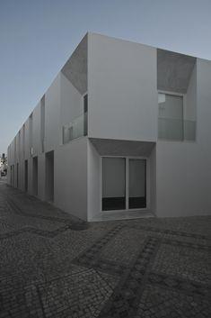Edifício de habitação e comércio, Moura - Aires Mateus - João Morgado - Architecture Photography