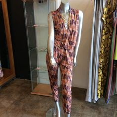 Multicolored v-neck jumpsuit with pockets