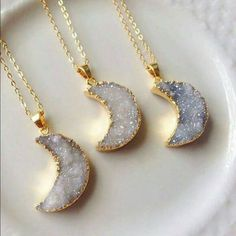 necklace, jewelry, and moon image