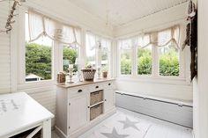 rintamamiestalo-sisustus-6 Windows, Interior, Kitchen, House, Home Decor, Style, Decoration, Sweet, Swag