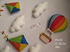 Ateliê do Bebê MG: Pingente de Cortina Balão e Pipas ( Eduardo )