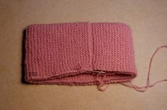 CASTILLO DE LANA- GORROS SENCILLOS BEBÉ Baby Knitting, Knitting Ideas, Knitted Hats, Beanie, Cookies, Sweater, Youtube, Art, Crochet Coat