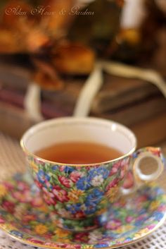 Aiken House & Gardens: Tea Time    Such a pretty teacup.