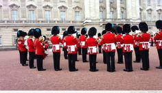 The Queen's Guard played the Game Of Thrones theme song and it was epic!