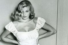 'La Dolce Vita' star dies at 83