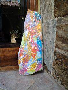 Pedra São Thomé pintada.