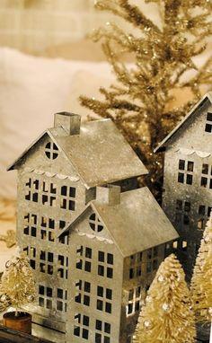Tin House Display