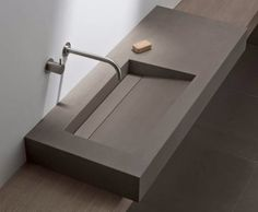 Wash Basins & Shower Drains - Elements Collection from Mosa Tiny Bathrooms, Amazing Bathrooms, Small Bathroom, Lavabo Design, Sink Design, Modern Bathroom Decor, Bathroom Interior Design, Interior Paint, Lavabo Corian