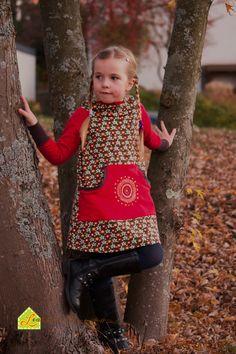 Sweatkleid mit Kapuze und aufgesetzter Tasche. Perfekt für kühle Tage und die Übergangszeit ! #Lolletroll #Nähenmachtglücklich #Hilco