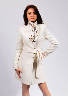 Luca is a unique and elegant jacket wearable with any occasion. it has a romantic and elegant look that brings personality to your frame. The thick lining is for winter wear. The products are made to order so any size will be ready for shipping in 2-3 weeks after payment.  If you dont have a standard size, please send me your measurements following the instructions from this video: https://www.youtube.com/watch?v=TMaGDaDHY_M  S (36) bust: 83cm waist: 64cm hips: 89cm M (38)...