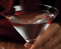 Winter White Cosmopolitan, Bonefish Grill (beautiful and delicious winter holiday beverage)