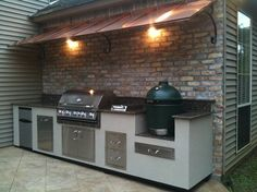 Peerless Outdoor Kitchens Big Green Egg with Wall Mounted Kitchen ... I wish!