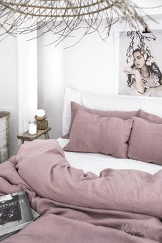 Linen bedding set in Woodrose (Dusty Pink). King/ Queen washed linen duvet cover set with 2 pillowcases. Luxury Duvet Covers, Luxury Bedding Sets, Duvet Sets, Duvet Cover Sets, Queen Bedding Sets, Bedding Master Bedroom, Bedroom Decor, Washed Linen Duvet Cover, Tumblr Rooms