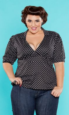 The playful Heidi Structured Top in Polkadot from the SWAK Designs Curvy Kitten Collection!  Out of stock for now...