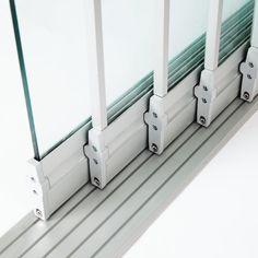 Sisteme din sticla pentru inchidere terasa | 7 ani garantie Bathtub, Bathroom, Architecture, Home, Houses, Standing Bath, Washroom, Arquitetura, House