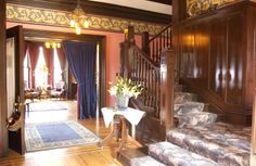 Moondance Inn foyer and grand staircase.