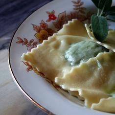 Ravioli (via www.foodily.com/r/UTDhF4Azd)