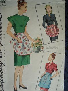 1940s Cute Half Apron