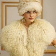 ~ Living a Beautiful Life ~ Ralph Lauren Fall 2013 Fur Fashion, Runway Fashion, High Fashion, Womens Fashion, Fabulous Furs, Ralph Lauren Style, Russian Fashion, Classic Outfits, Caviar