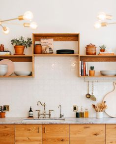 cool open shelving idea from @thejoshuatreehouse