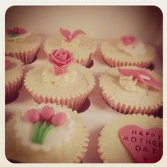 Mothers Day cupcakes by candyscupcakes.co.uk how cute!