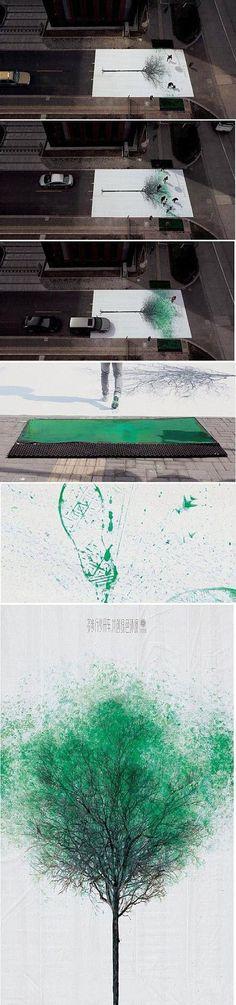 走的人多了,自然就绿了~!创意户外环保广告,倡导绿色出行!