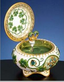 musical irish jewelry boxes | ... out clipboard > The San Francisco Music Box Company Irish Hinged Box