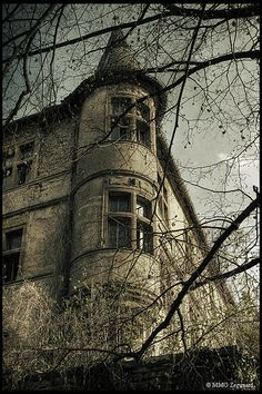 Abandoned Chateau du Lac