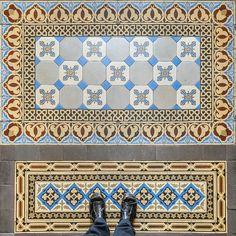 #goodnova2 #architecte #tiles #carrelage #carreauxdeciment #artdeco #ihavethisthingwithfloors #ihavethisthingwithtiles #fromwhereistand #viewfromthetop #viewfromabove #parisianstyle #cydwoq #selfeet #rug #feetmeetfloors #tilecrush #tileaddiction #tiletheworld #pattern #motif #mosaic #design #interiordesign #architectureinterieure #parisianapartment #floor #amazingfloorandwanderingfeet by bgodiniaux