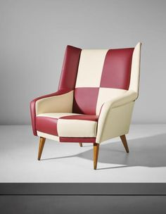 GIO PONTI Rare 'Mariposa' armchair, model no. 851, from a private villa, Liguria, circa 1958 Stained walnut, vinyl. 96.5 x 81.5 x 82.5 cm (37 7/8 x 32 1/8 x 32 1/2 in.) Manufactured by Cassina, Meda, Italy. Together with a certificate of authenticity from the Gio Ponti Archives.