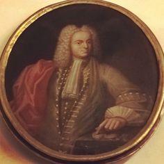 The portrait of Vincenzo Gonzaga IV Duke of Guastalla (1693-1714) Unkown XVIII cent. #BibliotecaMaldotti #Guastalla #ReggioEmilia #Ig_ReggioEmilia #InstaReggioEmlia #IgersReggioEmilia #VolgoReggioEmilia #EmiliaRomagna #VolgoEmiliaRomagna #TurismoER #Archives #Archival #Libraries by biblioteca_maldotti_official