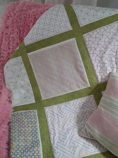 4 H, Quilts, Blanket, Home, Traditional, Dots, Quilt Sets, Ad Home, Blankets