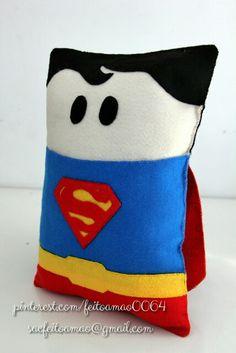 soninho/almofada do Super-Homem em feltro