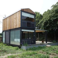 43 stylish shipping container home with living wall decor 24 Building A Container Home, Container Buildings, Container Architecture, Container House Plans, Container House Design, Tiny House Design, Architecture Design, Modular Homes, Prefab Homes