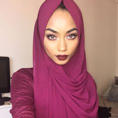 Wearing the lovely @blogwithdollyx hijab in the colour BERRY