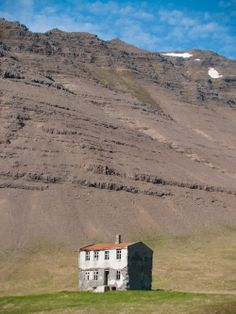Abandoned home in Iceland
